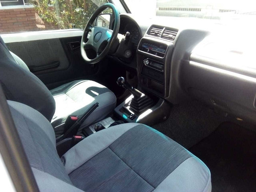 chevrolet vitara 2011 4x4 3 puertas 1600 inyección