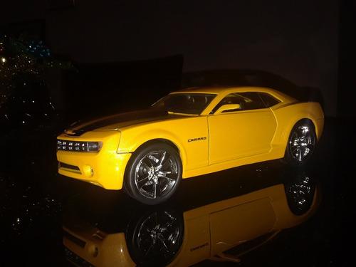 chevy camaro 2006 escala 1:18 de coleccion