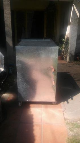 chiller enfriador de agua . cerveza . plástico . maquinas