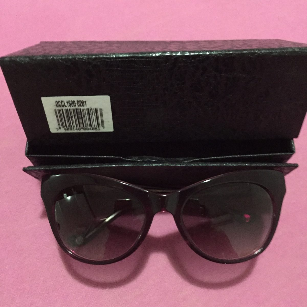 5b71abad34a8b Óculos Gatinho Chilli Beans Coleção Amy Winehouse - R  160