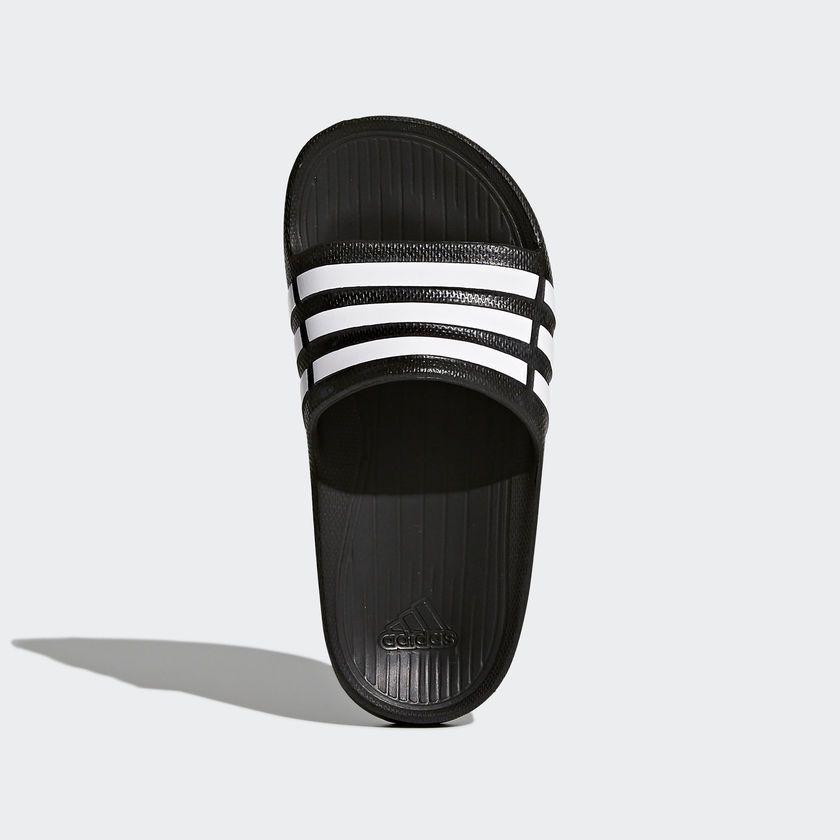 3da97c5eae5c9f chinelo adidas duramo slide k infantil - preto. Carregando zoom.