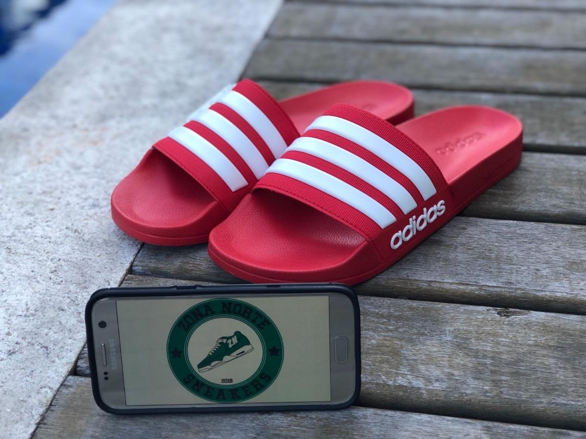 b3ff3a672095 Características. Marca Adidas  Modelo aq1705  Gênero Masculino  Tipo de  calçado Chinelos  Material do calçado slide
