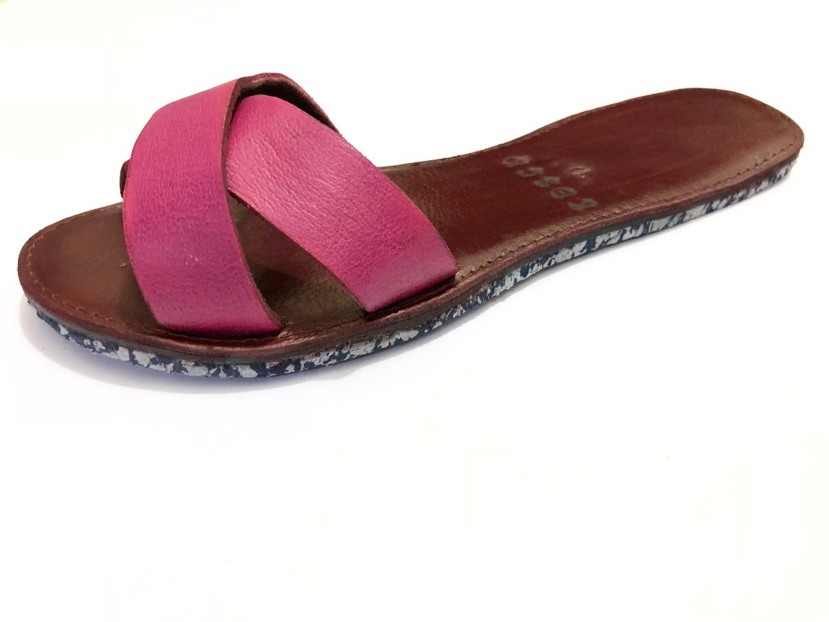 e4c8ae44a1 chinelo slide beach feminino sandalia rasteira couro legitim. Carregando  zoom... chinelo feminino sandalia. Carregando zoom.