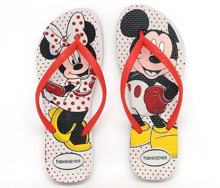 2c6904ed2 Chinelo Havaianas Disney Stylish Mickey Minnie - R  36