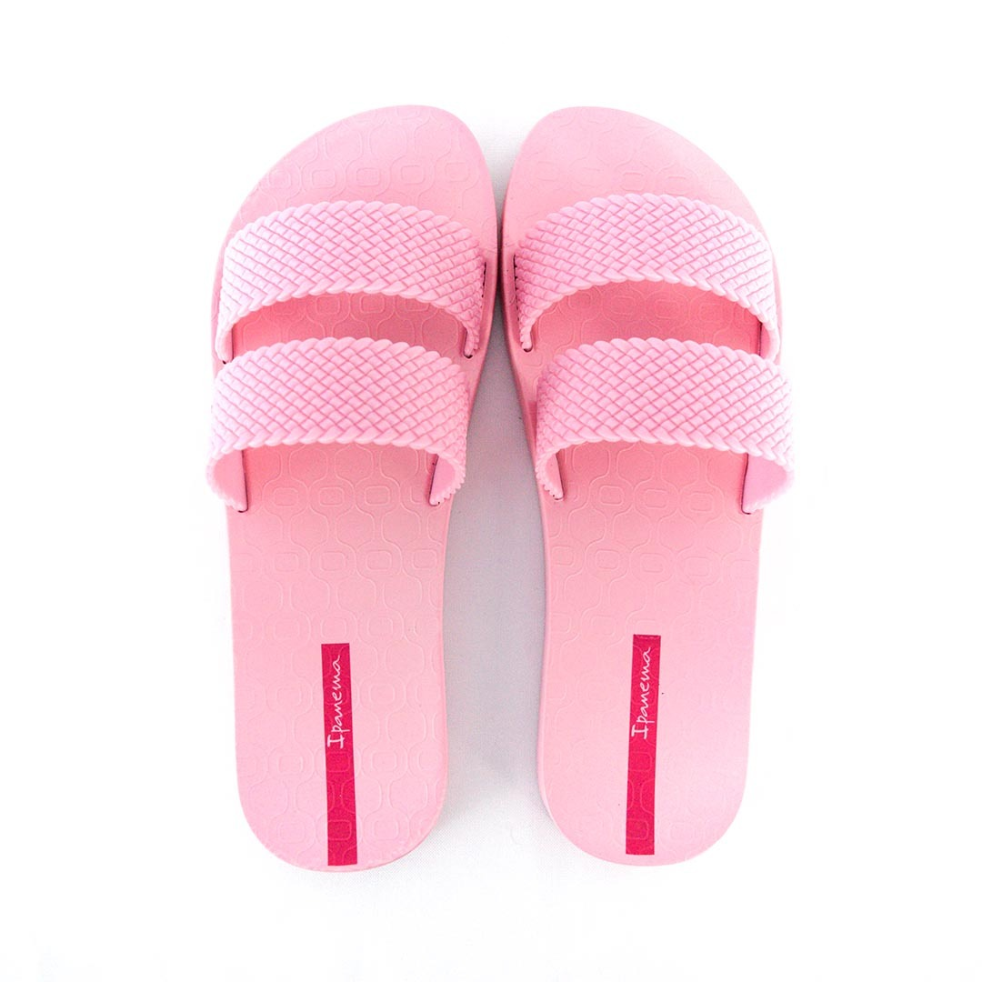 c0f66a6fc Características. Marca Ipanema  Modelo 26223 City  Gênero Feminino  Tipo de  calçado Rasteiras ...