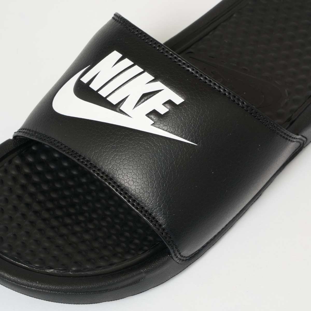 ebef0369b Chinelo Nike Benassi Slide ** Original** Exclusivo - R$ 219,98 em ...