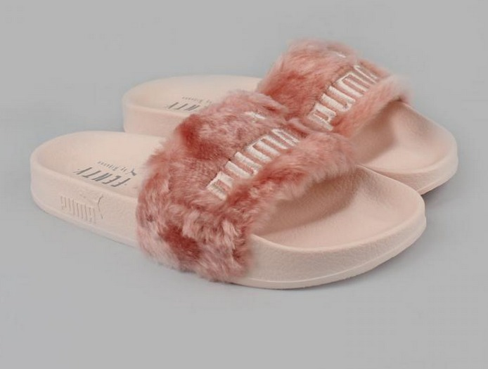 chinelo fenty puma rosa