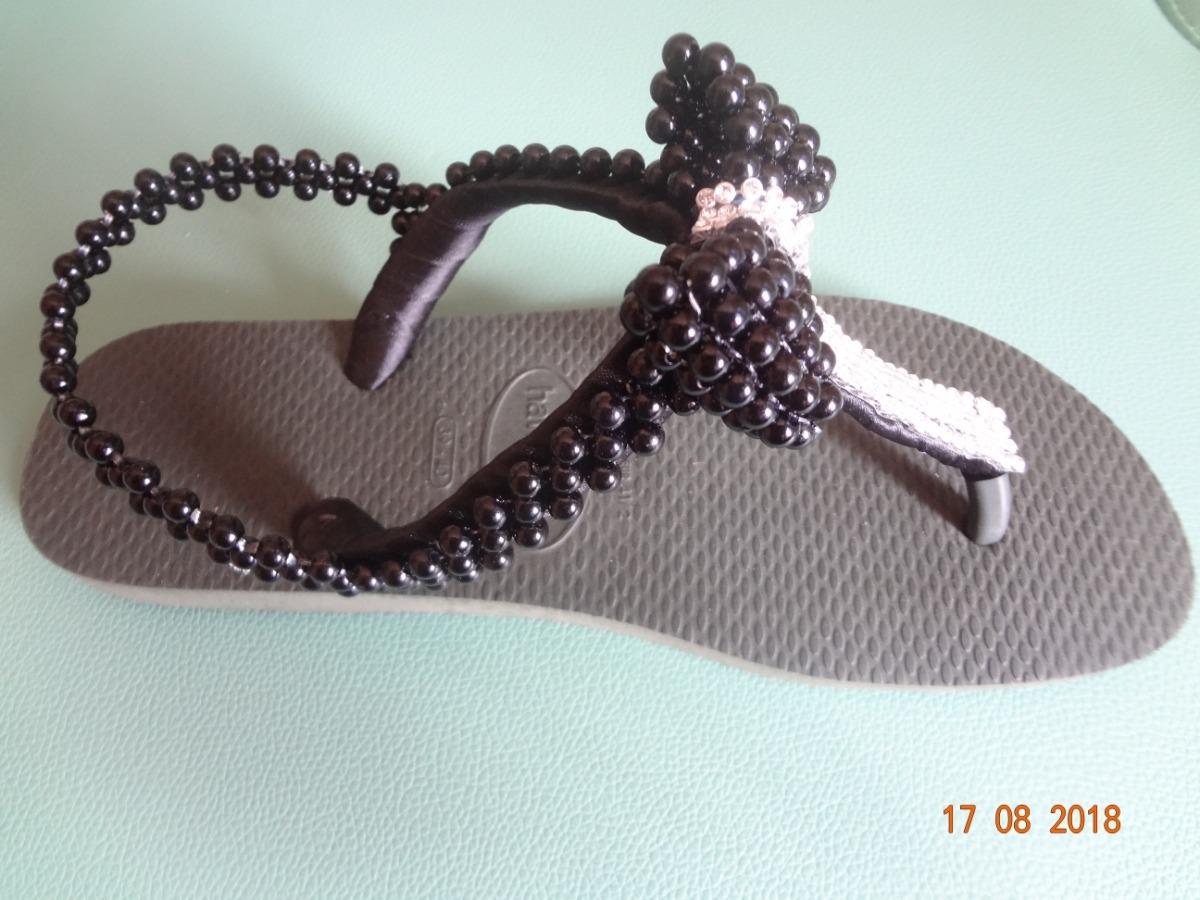 04080c111c chinelo sandália havaianas top preta decorada. Carregando zoom.