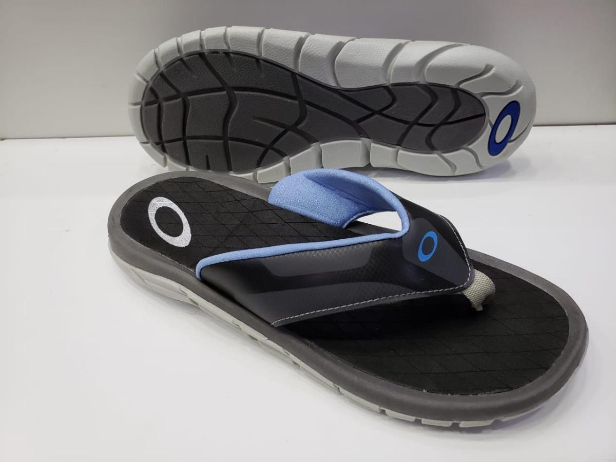 ef5ccdb530165 chinelo sandália hypercoil oakley em oferta - frete grátis. Carregando zoom.