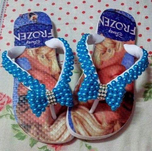 chinelos de perolas bordados