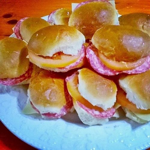 chips con rellenos de jamon y queso 50 u  700