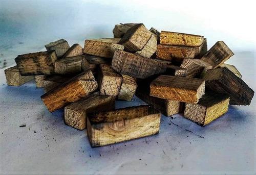 chips de madera de roble blanco, en trozo