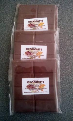 chocolate en barra y bombones rellenos