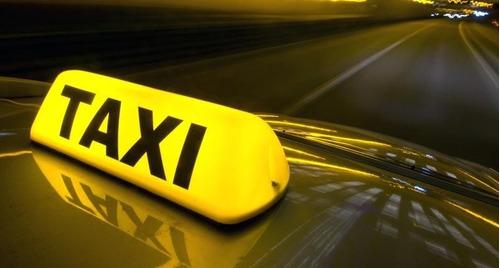 chófer taxi a cargo