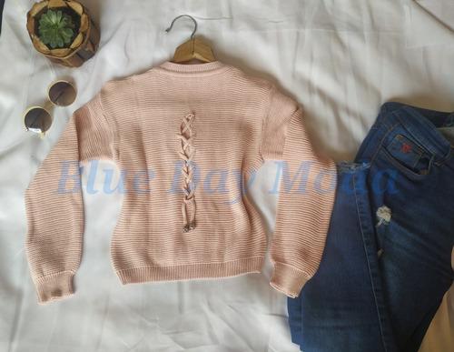 chompa crop de lana con detalle en la espalda