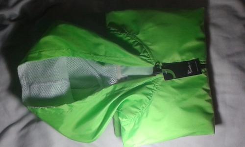 chompa deportiva impermeable / verde limón - talla m