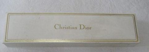 e8dd1b95d66 Christian Dior Relógio E Jóias Estojo Original - R  45