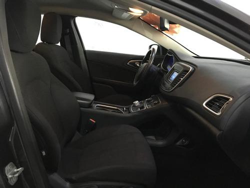 chrysler 200 2015 4p 200c l4 2.4 aut