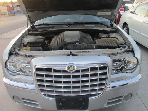 chrysler 300 c 5.7 color plata, modelo 2005