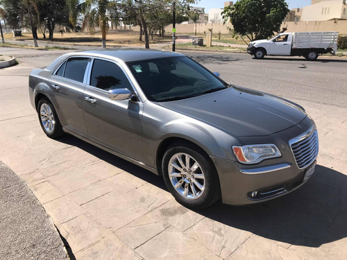 chrysler 300 limited v6