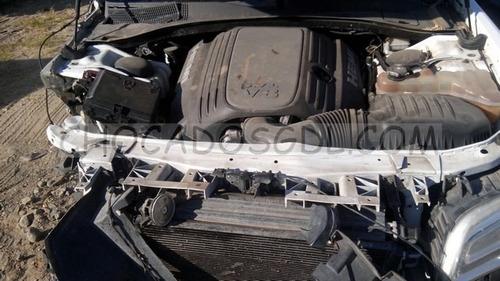 chrysler 300c premium 2012¿ chocado para reparar...