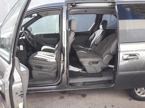 chrysler caravan 3.3 se l 7 asientos - 2007