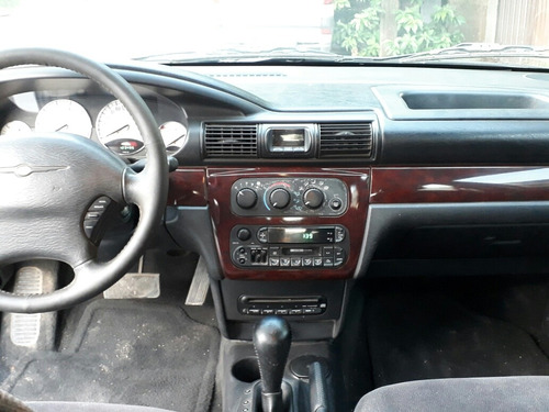 chrysler cirrus lxi sedan l4 aa tela qc at 2002