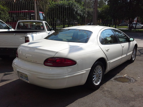 chrysler concorde lxi at