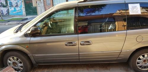 chrysler grand caravan 3.3 le at 2006