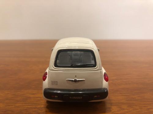 chrysler pt cruiser auto de colección a escala 1:38
