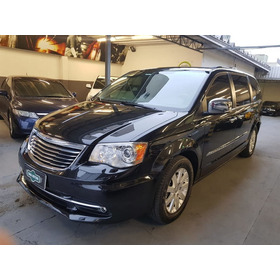 Chrysler Town & Country 3.8 V6 Aut 2012