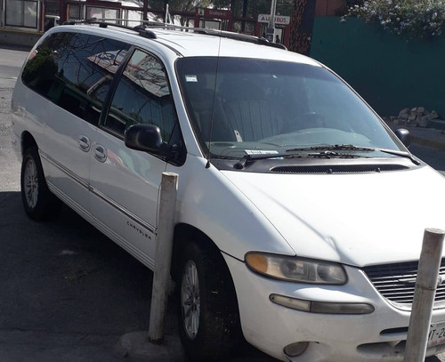 chrysler town & country 2000 $45.000 a tratar