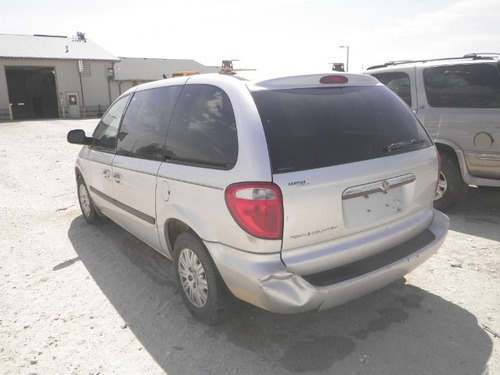 chrysler town & country 2007 se vende solo por partes