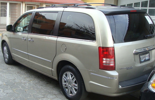 chrysler town country 2008 limited 4.0l
