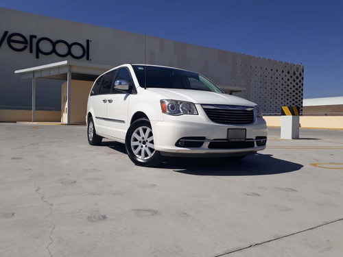 chrysler town & country 2011 limited credito piel quemacocos