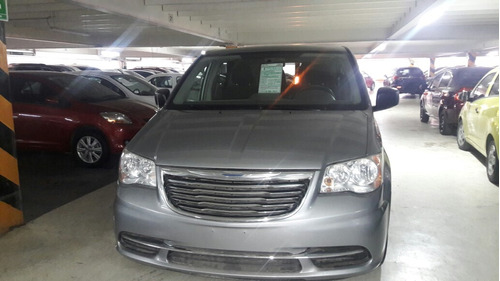 chrysler town & country 2014 seminuevos aeropuerto