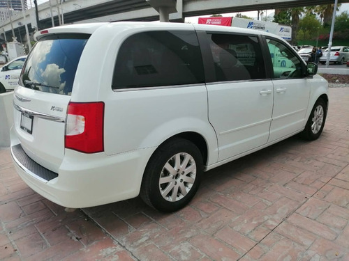 chrysler town & country 2016 3.6 li mt