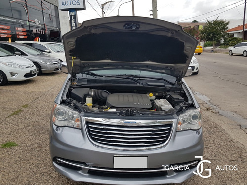chrysler town & country 3.6 aut limited 2013