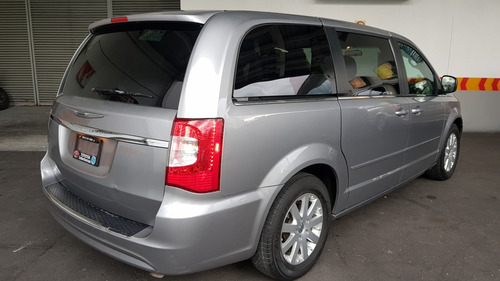 chrysler town & country 3.6 li mt 2015