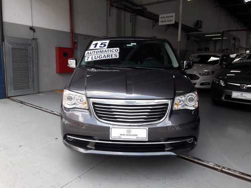 chrysler town & country 3.6 limited 5p 2015