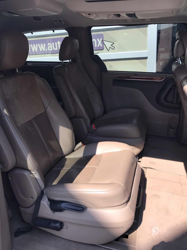 chrysler town & country 3.6 limited aut 2015