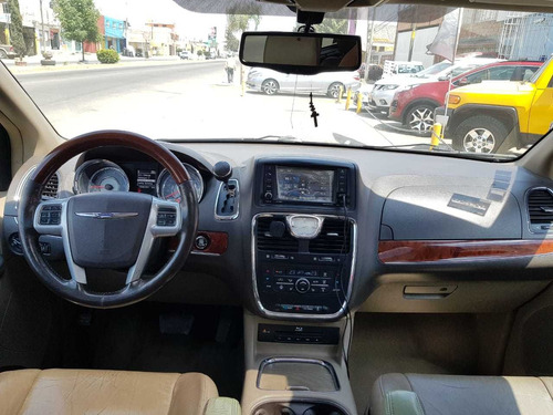 chrysler town & country 3.6 limited mt 2013