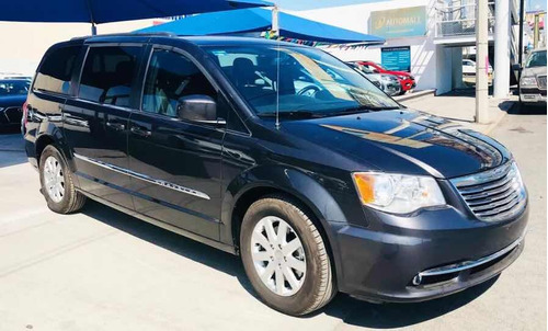 chrysler town & country 3.6 touring piel mt 2016