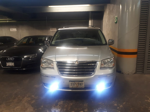 chrysler town & country 3.8 limited at 2008