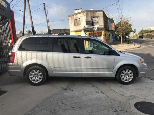 chrysler town & country 3.8 limited atx2008