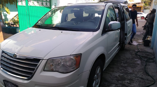 chrysler town & country 3.8 limited mt 2008 $125000