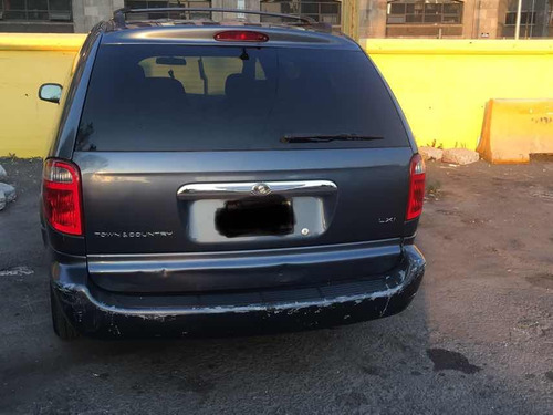chrysler town & country 3.8 lx mt 2002