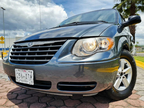 chrysler town & country 3.8 xlt 2007