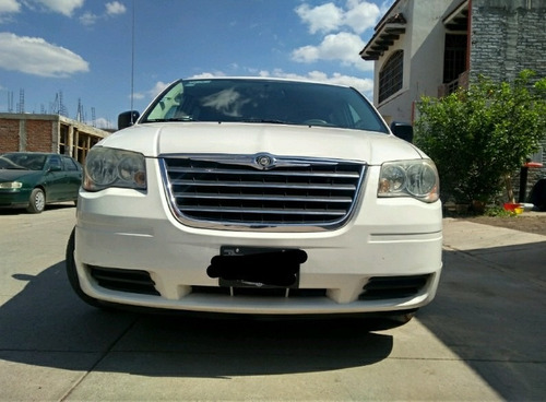 chrysler town & country 4.0