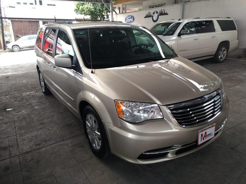 chrysler town & country 5p lx v6 3.6 aut